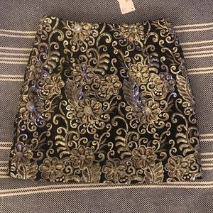 NWT Black, gold, and silver sequin mini skirt, S